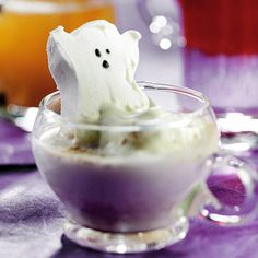Haunting Hot Chocolate This hot white chocolate drink looks even spookier with a ghost-shape marshmallow floating in it. Warm up your guests -- and frighten them a bit too -- with this hot Halloween concoction