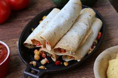 Vegan Flautas - Instead of the usual beef or chicken, chickpeas make a high protein vegetarian alternative in this easy flautas recipe that's perfect for a busy weeknight. Serve with your choice of guacamole or salsa on the side! Wrap Recipes, Veggie Recipes, Mexican Food Recipes, Whole Food Recipes, Cooking Recipes, Vegetarian Cooking, Vegetarian Recipes, Healthy Recipes, Vegan Main Dishes