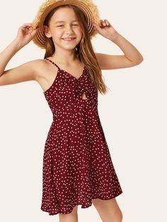 To find out about the Girls Twist Front Peekaboo Dot Cami Dress at SHEIN, part of our latest Girls Dresses ready to shop online today! Cute Girl Outfits, Cute Summer Outfits, Kids Outfits, Tee Dress, Belted Dress, Dress Girl, Girls Dresses Online, Vetement Fashion, Houndstooth Dress