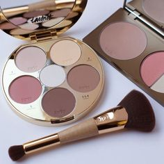 Makeup Geek, Makeup Kit, Skin Makeup, Makeup Goals, Love Makeup, Beauty Makeup, Makeup Eyeshadow Palette, Highlighter Makeup, Contour Palette