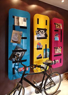 morar mais por menos. armários em mdf com 15cm de espessura e fitas elásticas nas portas.