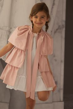 Children and Young Baby Girl Dress Patterns, Little Girl Dresses, Baby Dress, Girls Dresses, Little Girl Fashion, Kids Fashion, Kind Mode, Kids Wear, Kids Outfits