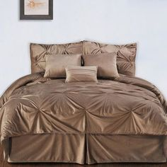 House of Hampton Brentwood Comforter Set Size: Twin, Color: Camel