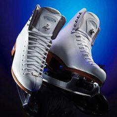 Riedell Model 910 Flair Ladies Figure Skates https://figureskatingstore.com/riedell-model-910-flair-ladies-figure-skates/ https://figureskatingstore.com/skates/riedell-skates/ #figureskatingstore #figureskating #riedell #figureskater #icedance #iceskating #фигурноекатание #ice #skating