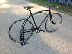Old Malvern Skidstar , rebuild and now ready to reproduce this frame with modern parts.