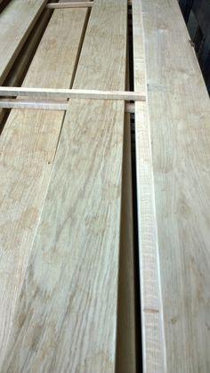 2. Dan selecteer ik de mooiste planken bij de leverancier een laat ze op 2100 afkorten. (Ik schrijf in milimeters)