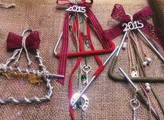 Tρίγωνα - γούρια με στολίδια ... για τα κάλαντα! | Φτιάξτο μόνος σου - Κατασκευές DIY - Do it yourself