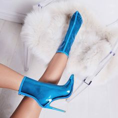 448dcdf0b45 9 Best Clear boots images in 2019