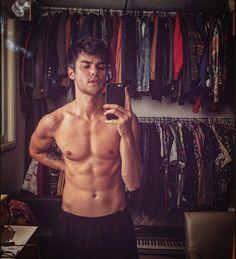 (notitle) – Brec Gatchalian – Join in the world Hot Mexican Men, Fit Men Bodies, Mario Y Luigi, Dylan O Brien Cute, Fitness Models, Male Chest, Barefoot Men, Men Photography, Model Body