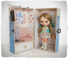"https://flic.kr/p/rc1B3U | Latest Blythe Doll Carry Case | ""The Beach House"""