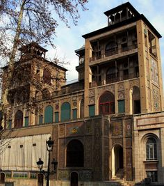 Golestan Palace (Tehran, Iran, once ancient Persia) Persian Architecture, Classic Architecture, Visit Iran, Ancient Persia, Tehran Iran, Persian Culture, Famous Places, Beautiful Places To Visit, Places To Travel