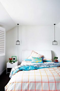 5 secrets to transform a small bedroom. Styling by Heather Nette King. Photography by @armellehabib.