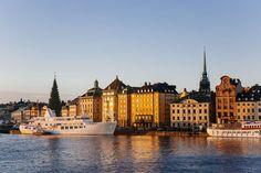 Vom coolsten Frühstückscafé bis hin zum Acne Studios Outlet - VOGUE stellt Ihnen die besten Tipps und Anlaufstellen für einen perfekten Stockholm-Trip vor!