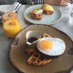 Why you NEED to eat at Duck & Waffle #review #restaurant #london #restaurantdiet #eatingout #duckandwaffle #diningout #waffles #food
