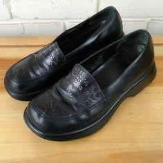 DANSKO Women's Shoes ~ Black MANDOLIN Floral Leather Loafer Clogs ~ US 8.5 M #Dansko #lo