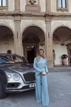 Road tripping through Italy is a dream, but road tripping through Italy in a Bentley is just completely surreal. Sunset in Florence with our Bentley Chic Outfits, Fall Outfits, Natasha Oakley, Fashion Photography Poses, Save From Instagram, Feminine Style, Feminine Fashion, Girl Fashion, Womens Fashion
