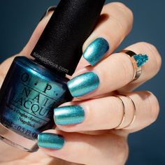 OPI This color's making waves  || OPI Hawaii Review: http://sonailicious.com/best-nail-art-nyfw-fall-2015/