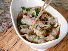 Thibeault's Table: Wontons in Chili Broth
