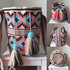 Tapestry Bag, Tapestry Crochet, Beach Bag Essentials, Crotchet Bags, Mochila Crochet, Boho Bags, Crochet Accessories, Crochet Projects, Purses And Bags