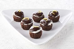 Hints of lemon in the Ghirardelli Lemon-Kissed Brownie Bites and the buttery frosting add a bright note to these treats with a rich chocolate glaze.