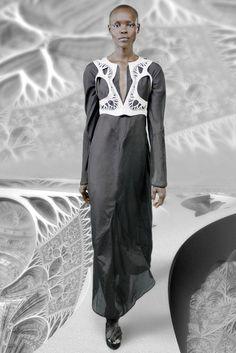 Spring 2015 Ready-to-Wear by Threeasfour Model : Grace Bol (Elite)