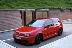 This page is for fans of Volkswagen Golf IV Vw Golf R32, Vw R32 Mk4, Volkswagen R32, My Dream Car, Dream Cars, Kia Pride, Vw Motorsport, Vw Classic, Golf 4