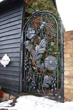 Garden Gate   .....rh