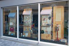 "Shop Window ""O'strickt is"" - Oktoberfest 2015. www.diemercerie.com"