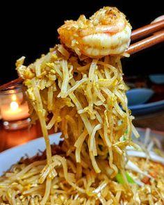 #Shrimp #PadThai is simply appeTHAIzing @samuibrooklyn #thai #noodles #brooklyn #nyc