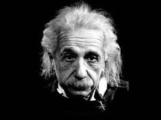 Albert Einstein is a household name synonymous with genius. He is believed my many to be the greatest mind in history. But, Albert Einstein believed that distinction was held by Tesla. Citations D'albert Einstein, Citation Einstein, Albert Einstein Quotes, Friedrich Nietzsche, Stephen Hawking, Definition Of Insanity, Philippe Halsman, Rare Photos, Portrait Photography