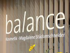 Fensterbeschriftung Balance Kosmetik, Nottuln