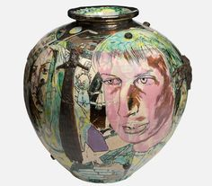 MAD KID'S BEDROOM WALL POT - GRAYSON PERRY Grayson Perry, English Artists, China Art, Pottery Art, Greek Pottery, Pottery Painting, Ceramic Pottery, Arts And Crafts Movement, Contemporary Artists