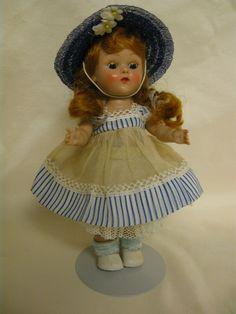Beautiful Little Redheaded Vogue Ginny Doll, Original Walker - 1954 #DollswithClothingAccessories