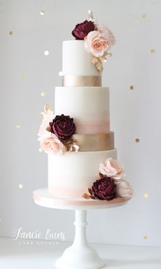 Burgundy, Peach & Gold Wedding Cake Soft watercolour, gold lustre, Burgundy English roses, peach roses make a statement on this 4 tier wedding cake. Blush Wedding Cakes, Big Wedding Cakes, Wedding Cake Roses, Floral Wedding Cakes, Wedding Cakes With Flowers, Elegant Wedding Cakes, Beautiful Wedding Cakes, Wedding Cake Designs, Elegant Bride