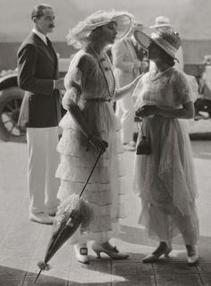 Beryl and Edwina at the seaside. Beryl is tall, Edwina is short.: Vintage Fashion 1919