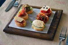Imagem gratis no Pixabay - Bruschetta, Italiano, Cozinha Mediterranean Cookbook, Panini Sandwiches, Antipasto, Finger Food, Appetizers, Tofu, Tasty, Lunch, Stuffed Peppers