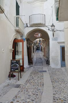 Vieste, Province of Foggia, Puglia region Italy Bari, The Places Youll Go, Places To See, Wonderful Places, Beautiful Places, Places To Travel, Travel Destinations, Southern Italy, Italy Travel
