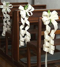 Pew Bows too much but basic idea is cute. thinking i REALLY .- Pew Bows too much but basic idea is cute. thinking i REALLY LOVE this idea! Pew Bows too much but basic idea is cute. thinking i REALLY LOVE this idea! Church Wedding Flowers, Wedding Pews, Wedding Chairs, Wedding Table, Wedding Church Aisle, Church Wedding Decorations, Ceremony Decorations, Wedding Centerpieces, Church Pews