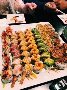Alkaline Cookbooks & Recipes New Launch 2013 Comfort Foods, Dessert Chef, Asian Recipes, Healthy Recipes, Sashimi, Homemade Sushi, Food Goals, Cookbook Recipes, Aesthetic Food
