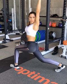 "Alexia Clark auf Instagram: ""Kettlebell Moves 12 reps each side for each movement. Minimal rest between movements. (Go light) 3-5 rounds #alexiaclark…"""