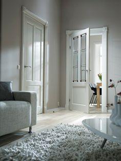 Skantrae Original binnendeuren. Paneeldeur: SKS 274. Paneeldeur met glas: SKS 240 met glas-in-lood: 20.