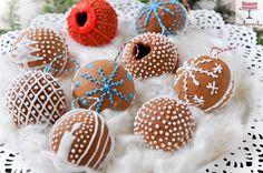 Domowa cookierenka Agi: Piernikowe bombki Cookies, Cake, Food, Gingerbread Houses, Crack Crackers, Food Cakes, Eten, Cookie Recipes, Cakes