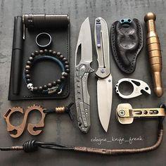 Estrella & Sigil , Beerdefender , Ping , Solo 2.0 copper , Keygrip , Kubutan , MokuTi Ring and Bracelet  .------------------------------------------------------ #knifeporn #knifenuts #usnfollow #usnstagram #KnifeFanatics #knifecollector #bestknifesofig #customknife #pocketdump #EDCShowcase #pocketvomit #everyday_tactical #everydaydump #everydaycarry #theknifeclub #grailknives #useyourshit #customknives #everydaycarry #knifecommunity #knivesdaily #EDCpocketdump #michaelraymondknives #voxpi...