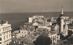 Constanta - Moscheea Carol I Turism Romania, Old Photography, Black Sea, Eastern Europe, World War Two, Old Town, Old Photos, Paris Skyline, Places To Go