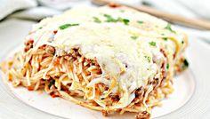 Baked Cream Cheese Spaghetti, Baked Spaghetti, Spaghetti Recipes, Pasta Recipes, Beef Recipes, Cooking Recipes, How To Cook Sausage, How To Cook Pasta, Chicken Fettuccine