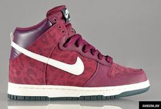 Nike WMNS Dunk High 'Bordeaux/Sail-Seaweed'