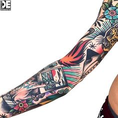 46 ideas for tattoo sleeve filler life Trendy Tattoos, New Tattoos, Body Art Tattoos, Hand Tattoos, Tattoos For Guys, Tattoo Sleeve Filler, Full Sleeve Tattoo Design, Full Sleeve Tattoos, Tattoo Old School