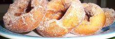 Estas rosquinhas me lembram as viagens que fazíamos, quando os filhos eram pequenos, e íamos para Florianópolis. Parada obrigatória em Araranguá, no Becker. As crianças(e nós também ) adoravam o pa...