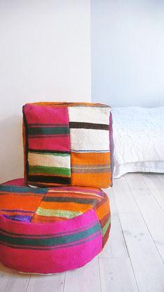 Moroccan Kilim Pouf Round Stripe von lacasadecoto auf Etsy