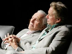 Famous father and son team, Kirk and Michael Douglas. All In The Family, We Are Family, Family Love, Tel Pere Tel Fils, Star Family, Actor Studio, Kirk Douglas, Hollywood Actor, Hollywood Cinema